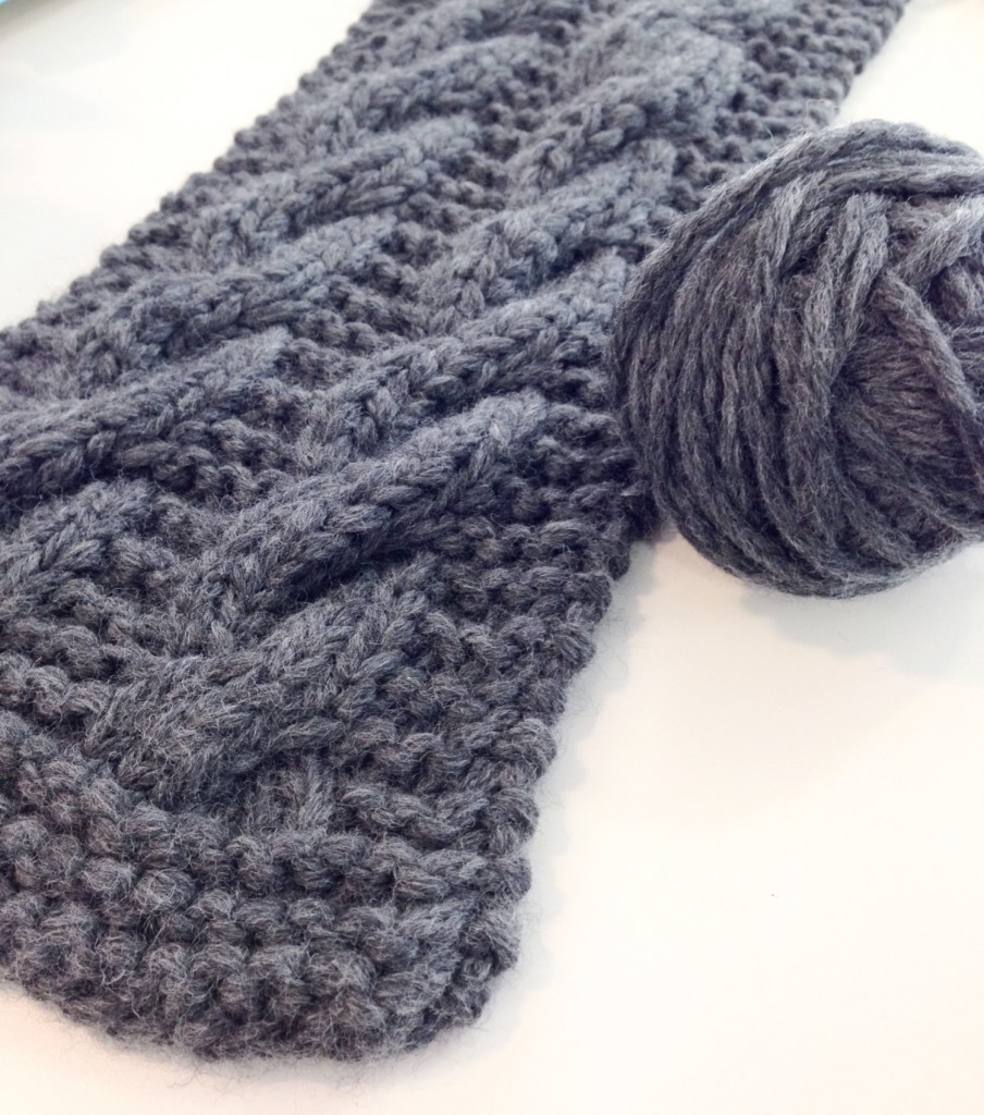Cabled scarf free knitting pattern - Shortrounds Knitwear