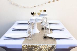 Christmas, gift, festive, seasonal, presents, sequin table runner, table runner, table setting